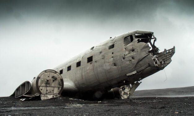 Thuyết âm mưu liên quan đến ngành hàng không